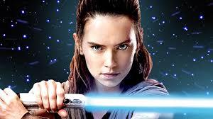 Rey Star Wars con sable de luz